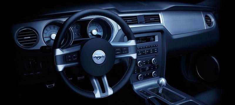 Mustang_2010_dash