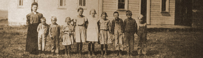 Fairview country school in Iowa - c.1909