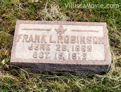 Frank Robinson's gravesite in the Villisca, Iowa cemetery.
