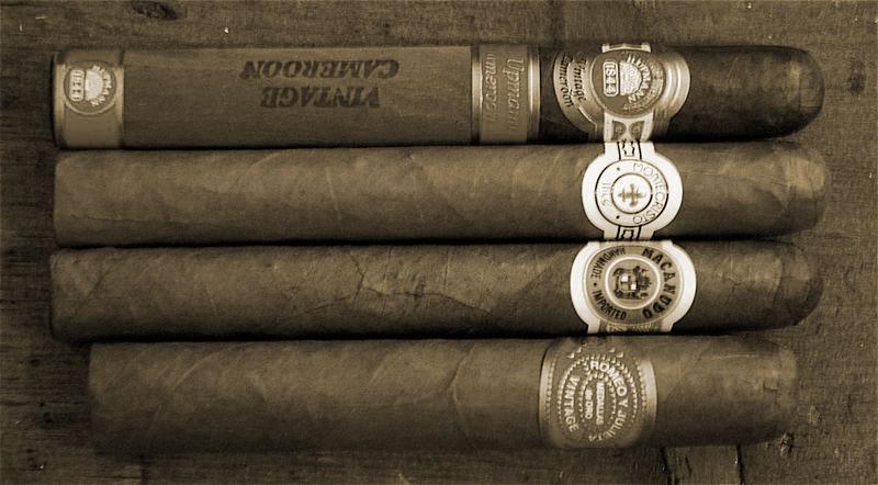 800px-Four_cigars