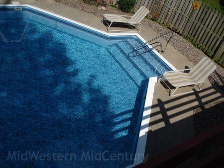 The MidWestern MidCentury pool leak is fixed!