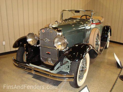 Studebaker_1930_roadster