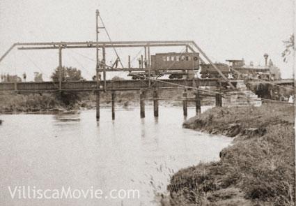Train_bridge_nodaway