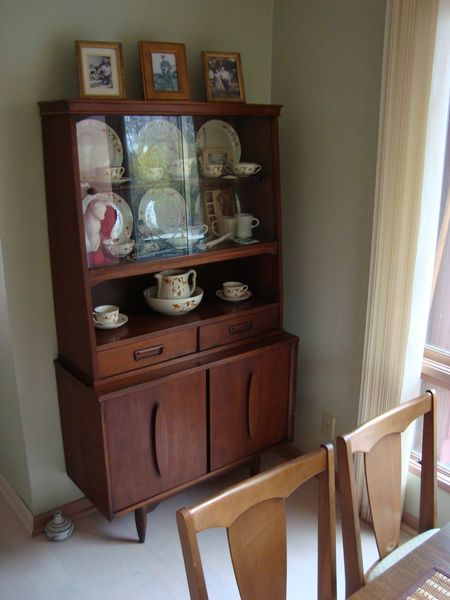 Its Appealing Mid Century Modern Style Echoes Our Larger Garrison Hutch Across The Room See Below