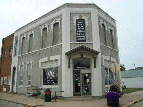 Bonnie & Clyde bank