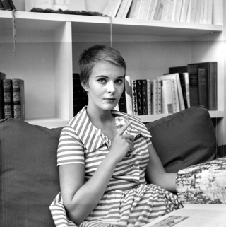Jean-seberg-a-bout-de-souffle-stripy-dress