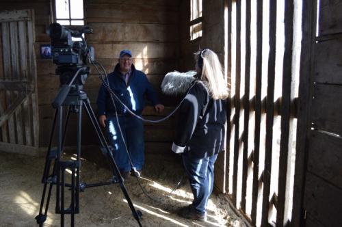 TR micing Farciar barn guy