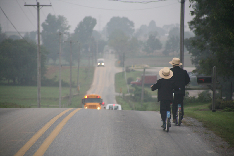 Amish_-_two_ways_to_get_there_by_Gadjoboy wikicommons