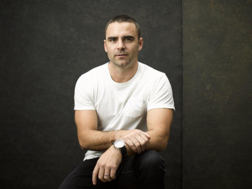 Dustin-Clare-Photo-by_Ben_King_Photographer-1