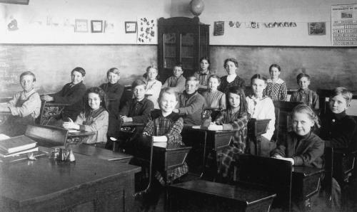 Lang 1915 classroom