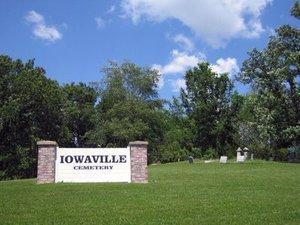 Iowaville_cemetery_sign
